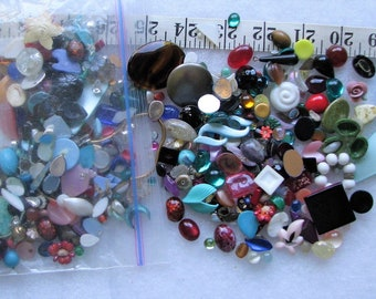 Lot Of 100+ Loose Lucite & Glass Stones Jewelry Repair 1