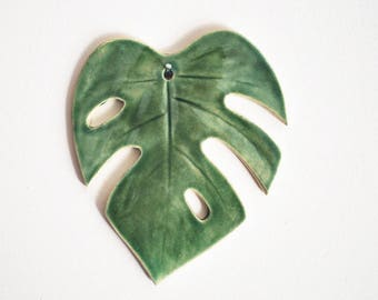 Monstera Leaf Wall Hanging - Pottery, Ceramic - Handmade - Tropical leaf wall art - Gifts for Plant Lovers