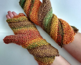 Spiral fingerless gloves
