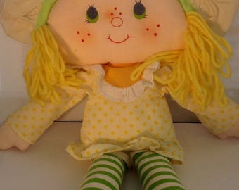 Vintage  Strawberry Shortcake Lemon Meringue  Ragdoll 1980s 80s