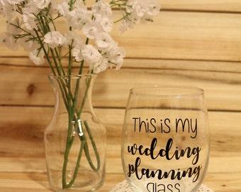 Wedding Wine Glass, Wedding Planning Wine Glass, Wedding Present, Engagement Gift, Bride Wine Glass, Bride Glass, Wedding Planning Glass