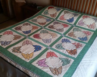 "Vintage Butterfly Dance lap/wall quilt, 60""x40"""