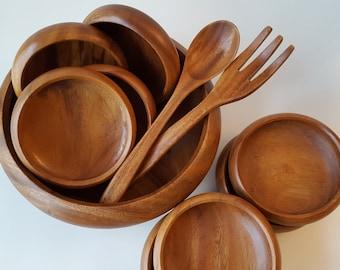 VINTAGE Danish Modern Teak Wood Serving Set, Teak Wood Bowls, Wooden Salad Server, Carved Wood Bowls