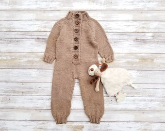 Merino Wool Baby Jumpsuit. Hand Knit Baby Jumpsuit. Merino Wool Baby Overall.  0-6 months.
