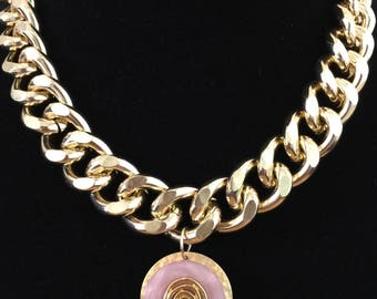 Heavy gold tone chain & Vintage pink button Pendant Necklace