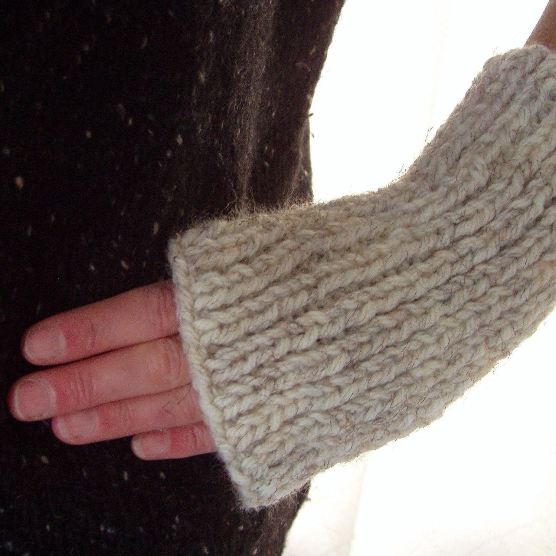 Mens Fingerless Gloves KNITTING PATTERN Chunky Yarn Gift for Him ...