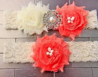 Garter - Coral Pink Wedding Garter Set, Ivory Lace Garter w/ Flowers, Pearl wedding garder, Coral wedding, bridal garder, Coral bridesmaids