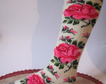 SUPER PRICE Angora Wool Women Knit Stockings with Red Rose flower of high quality Angora yarn Knee socks for warmth and comfort