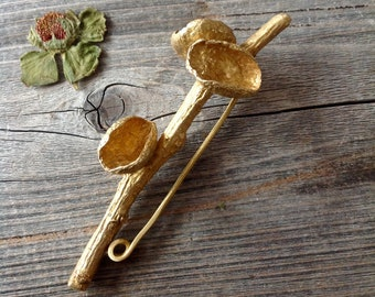 What do you Want toTell? A brass, acorn twig brooch/pin. One of a kind. Handcrafted.