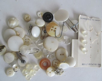 Antique Mop Buttons Mother of Pearl Buttons Antique Sewing Notions Antique Buttons Lot of White Buttons Collecting Shank Buttons Bone