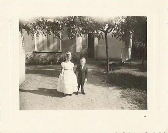 Vintage 1960s wedding childrens photographie