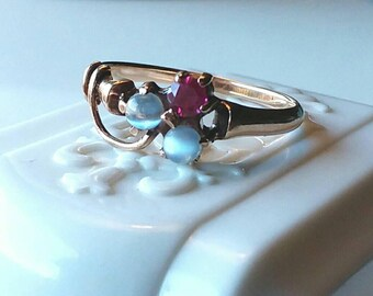 Tiny Victorian Shamrock Ring Rosy Gold Ruby Moonstones Size 5.75-6 Delicate Beautiful 1800s As Is?