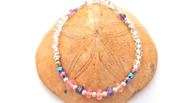 bracelet pierres fines et argent 925 : améthyste, quartz cerise, hématite arc en ciel