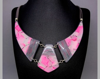 Iridescent marbled pink and silver bib necklace