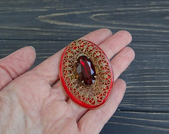 Vintage red rhinestones brooch flatback embellishment button pin red wedding jewelry crystal jewelry leaf brooch bridal gold brooch soviet