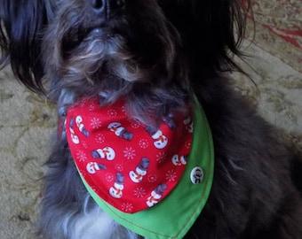 Christmas Dog Bandanna//Dog Bandanna//Bandannas for Dogs//Dog Accessories//Christmas Dog Accessories//Over the Collar