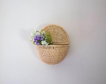 Pocket basket with lid, wall pocket, wall basket, hanging basket, wicker, rattan, weave, light, naked, raw