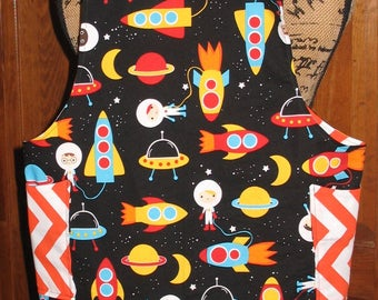 Child's M (6/8) Cross back apron/pinafore fully lined or reversible