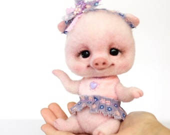 Little piglet -READY TO SHIP!!!- ballet Needle felted piglet Soft sculpture Needle felted animals Interior toys Handmade Ooak Figurine