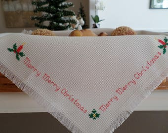 Merry Merry Christmas - Cross Stitch Basket Liner, Bread Cloth Cover/Hostess Gift/Housewarming gift