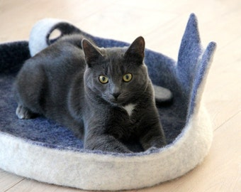 Cat bed - cat cave - cat house - eco-friendly handmade felted wool cat bed - blue with natural white - made to order