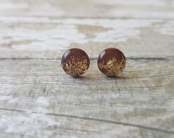 Brown and gold earrings, Autumn earrings brown studs, Gold leaf earrings studs, Brown jewelry gift, Fall jewelry, Glitter earrings brown