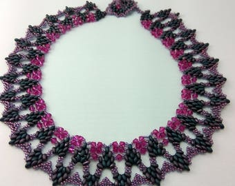 Shades of Wine Bib Collar