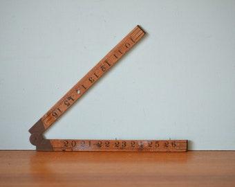 Vintage wooden folding ruler brass hinges AGT3