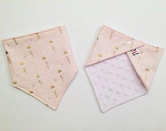Baby Bandana Bib / Bibdana / Drooler Bib / Baby Bib / Modern Bib / Drooler Scarf / Pink Flamingo Print