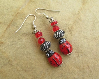 Vintage earrings lampwork earrings ladybird earrings ladybug earrings cute earrings insect bug jewelry red and black vintage 90s earrings.