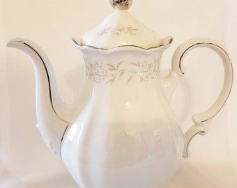 "Mitterteich Bavaria ""Lynn Royale"" Teapot / Coffee Pot"