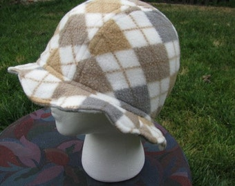 Scalloped Edge Fleece Bucket Hat with Beautiful Variegated Brown Lock and Key