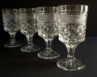 Anchor Hocking Wexford Pedestal Cordial Glasses, Set of 4, 5 Fluid Ounces, Retro Barware