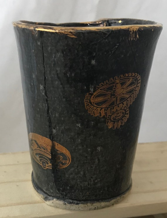 Small gold lustered gears tumbler