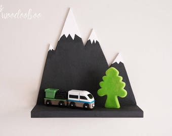Moutain shelf for nursery, mountain nursery, nursery shelves, woodland nursery, gender neutral nursery, wall shelves, white floating shelves