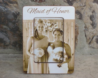 Personalized Maid of Honor Picture Frame, Unique Sister Gift, Custom Wedding Photo Frame, Best Friend Gift, Collage Frame