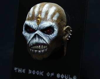 Eddie book of souls sculpt with stand