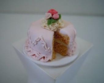 Miniature Cake ~ Wedding Cake ~ Birthday Cake ~ Bakery ~ Dessert ~ Baked Goods ~ Sweets ~ Kitchen ~ Fairy garden ~ Dollhouse ~ Accessories
