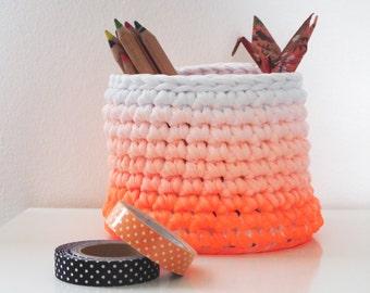 Modern Office Desk Storage Basket, Pencil Holder, Desk Organizer, Cosmetic Makeup Storage, Dip Dye Small Storage Basket, Crochet Basket