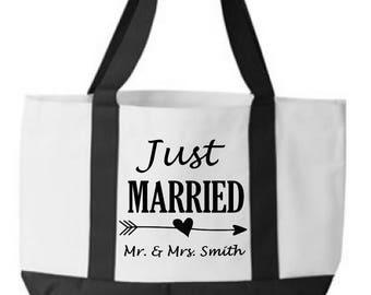 Personalized Wedding gifts / honeymoon tote bag / honeymoon gift / custom tote bag / beach bag / destination wedding / bridal shower ideas