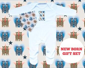 NEW BORN Romper and Bandana Bib gift set - boy