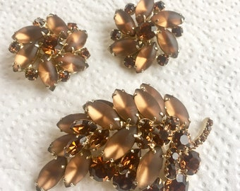 Juliana DeLizza & Elster Brooch and ERs Demi Vtg Frosted Brown Stones Jewelry