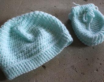 Preemie baby hat/glove sets size 6 pounds