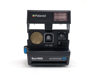 Polaroid 660 SE - AutoFocus - 600 Instant Film Camera
