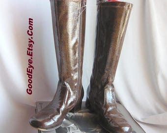 Vintage Brown Patent Leather GoGo Boots / size 4 Eur 35 UK 2 / NINA Flat Knee Boot w Side Zipper 60s 70s