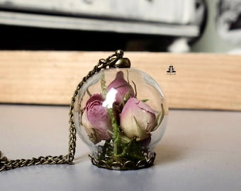 Terrarium Necklace - The secret rose garden