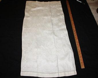 Linen damask hand towels set of three