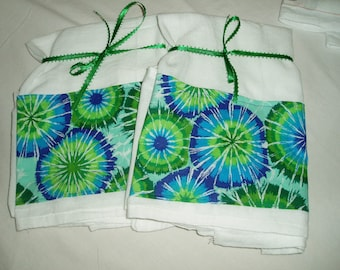Bright Turquoise/Blue/Green Sunburst Orbs Flour Sack Dish Towels