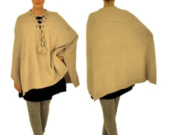 IL700BG poncho knitted Cape one size laced PomPoms GR 38-46 beige