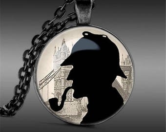 A beautiful necklace with a glass cabochon 25 mm SHERLOCK HOLMES